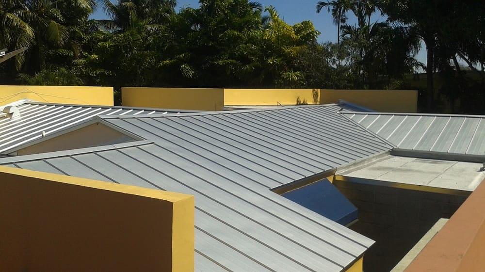 Roofer Mike Inc Miami Springs Fl Installs Asphalt