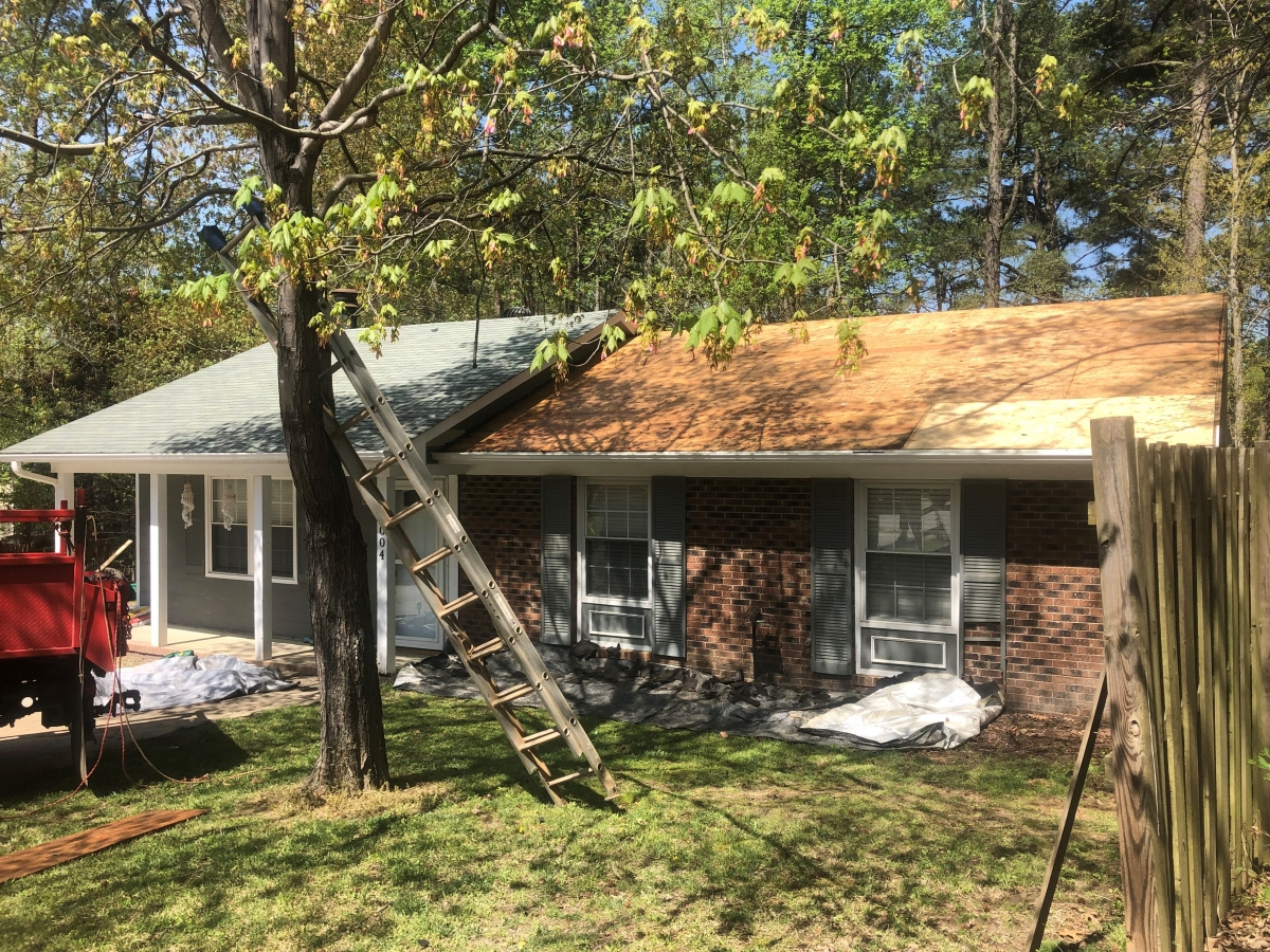 Canaan Roofing Inc Spring Lake Nc Installs Roofs