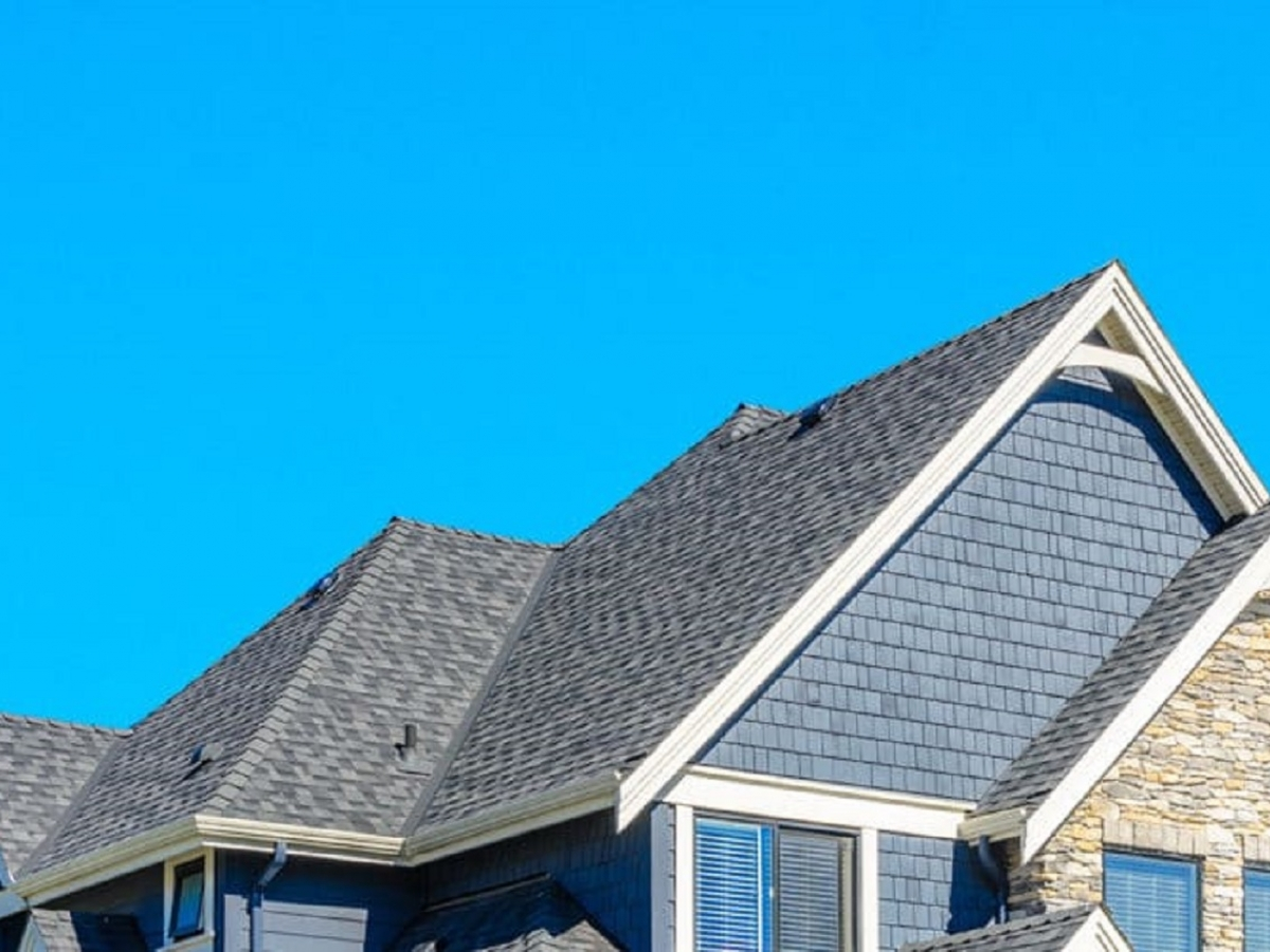 Above Roofing Jenison Mi Installs Roofs