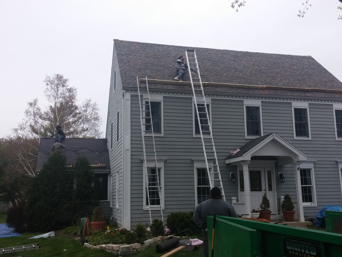 Gable Systems Chicago Il Installs Asphalt Roofs
