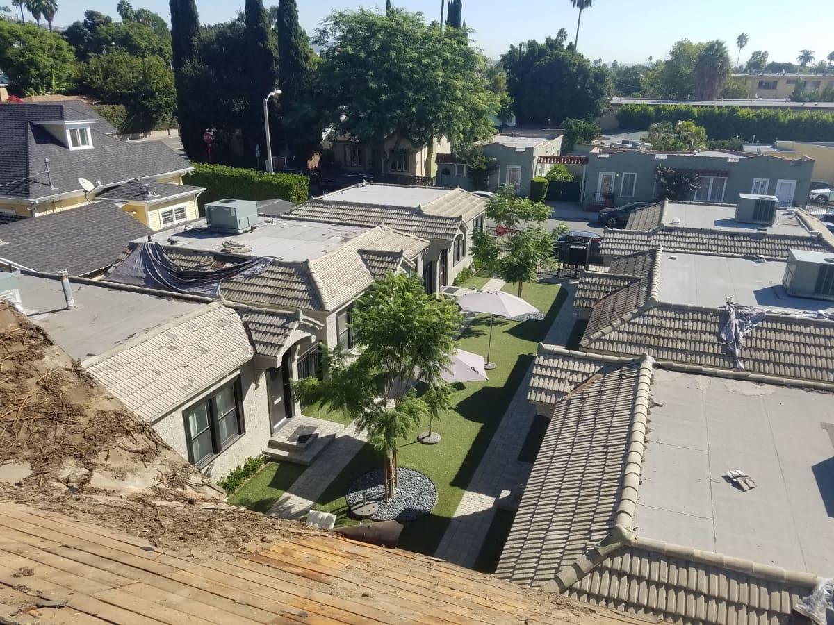 Roof Repair Specialist - Pasadena, CA - Installs Asphalt ...