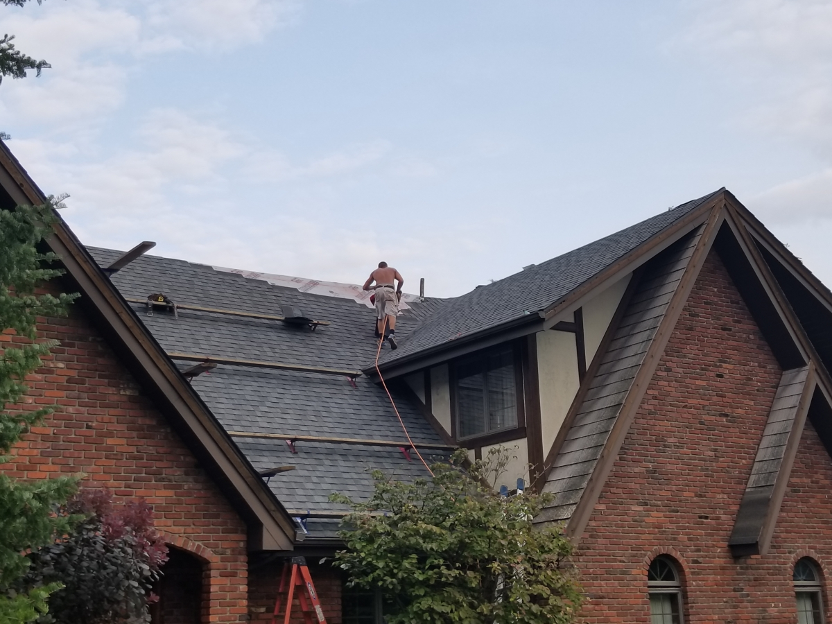 Scottdale Contracting Co Llc Scottdale Pa Installs Roofs