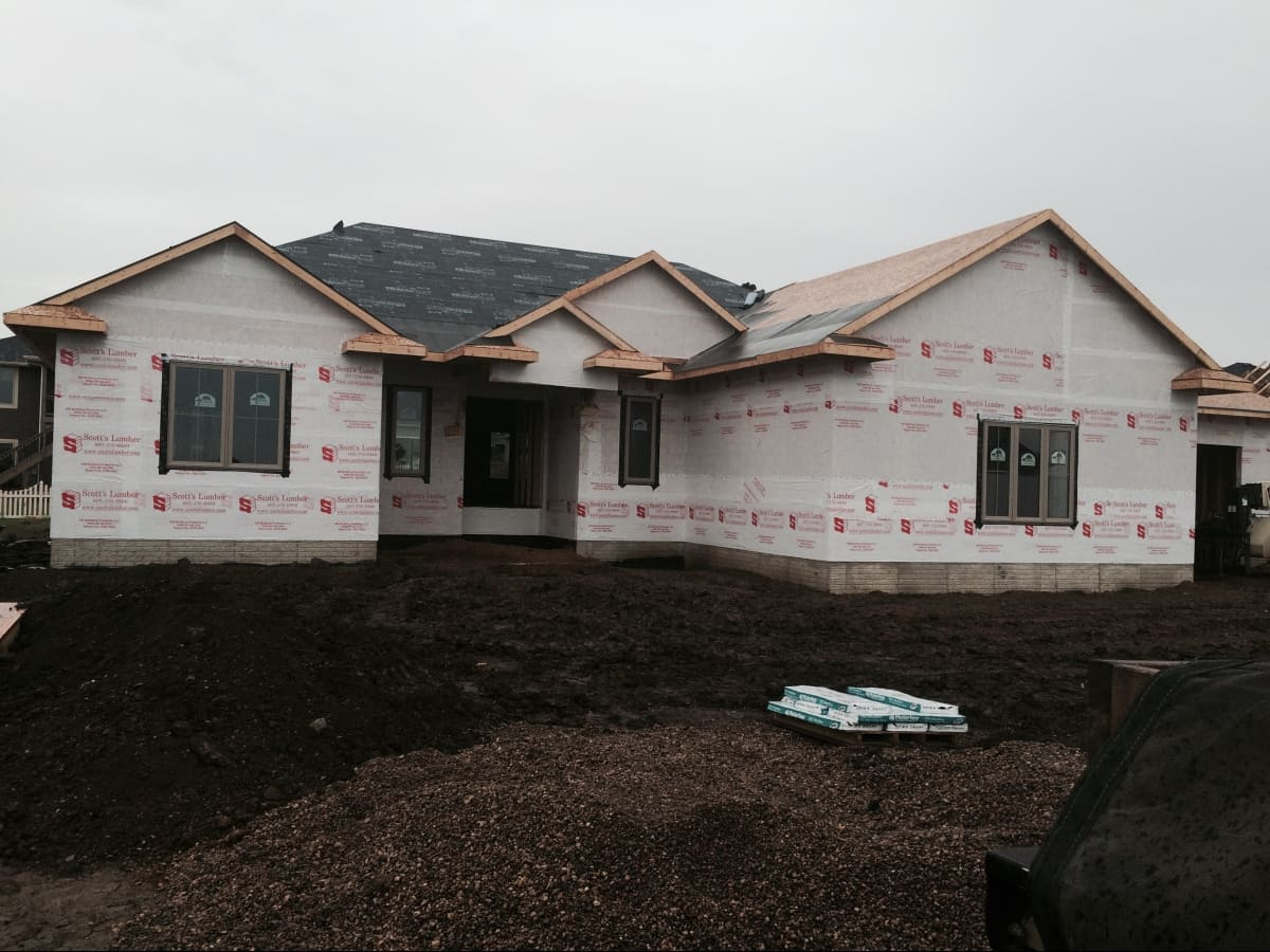 Larson Brothers Roofing Sioux Falls Sd Installs Roofs