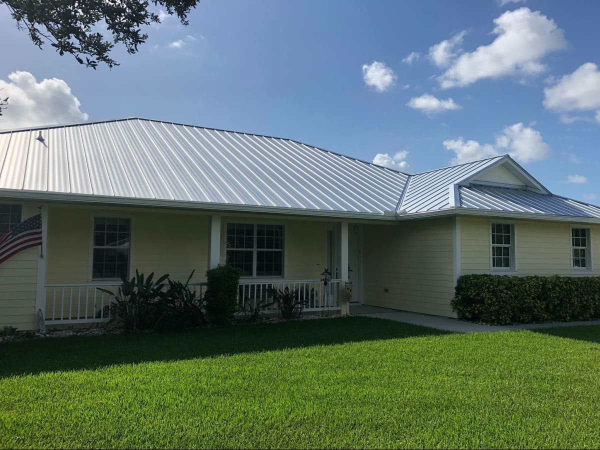 Modern Roofing Experts LLC - Stuart, FL - Installs Asphalt ...