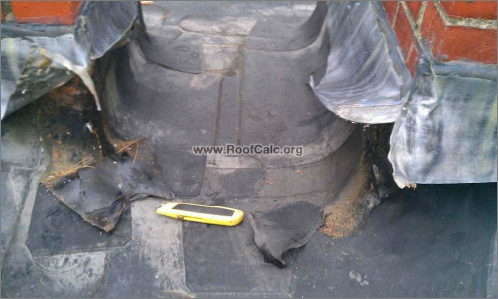 Repairing outside corner chimney flashing - Cleaning