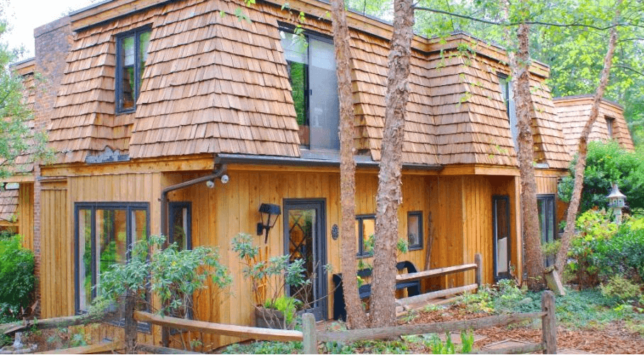 Beautiful Cedar Shakes Roof