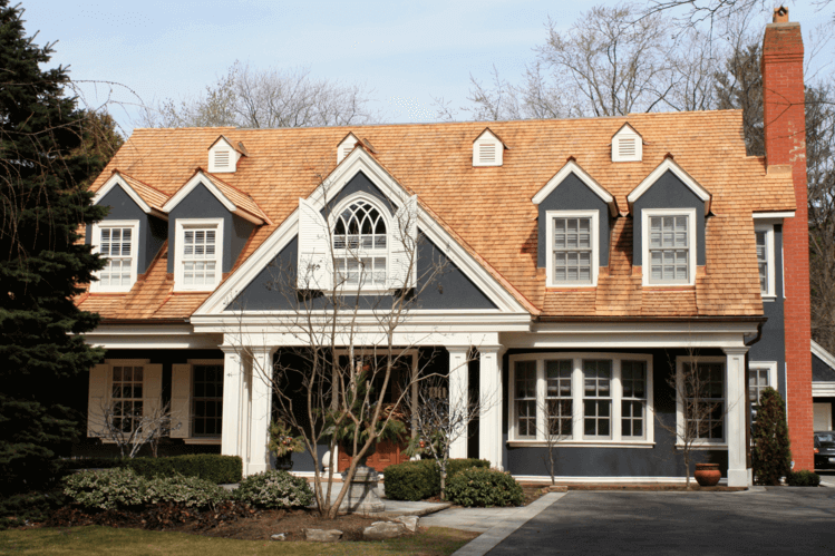 Cedar Shakes Vs Shingles Compare Costs Durability