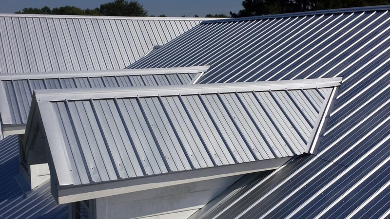 R Panel Metal Roof (5 Rib Vertical Seam, Exposed Fastener)