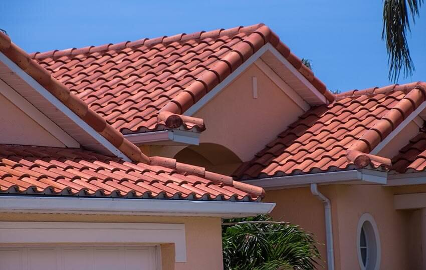 2018 clay roof tiles installation costs pros cons for Spanish style roof tiles