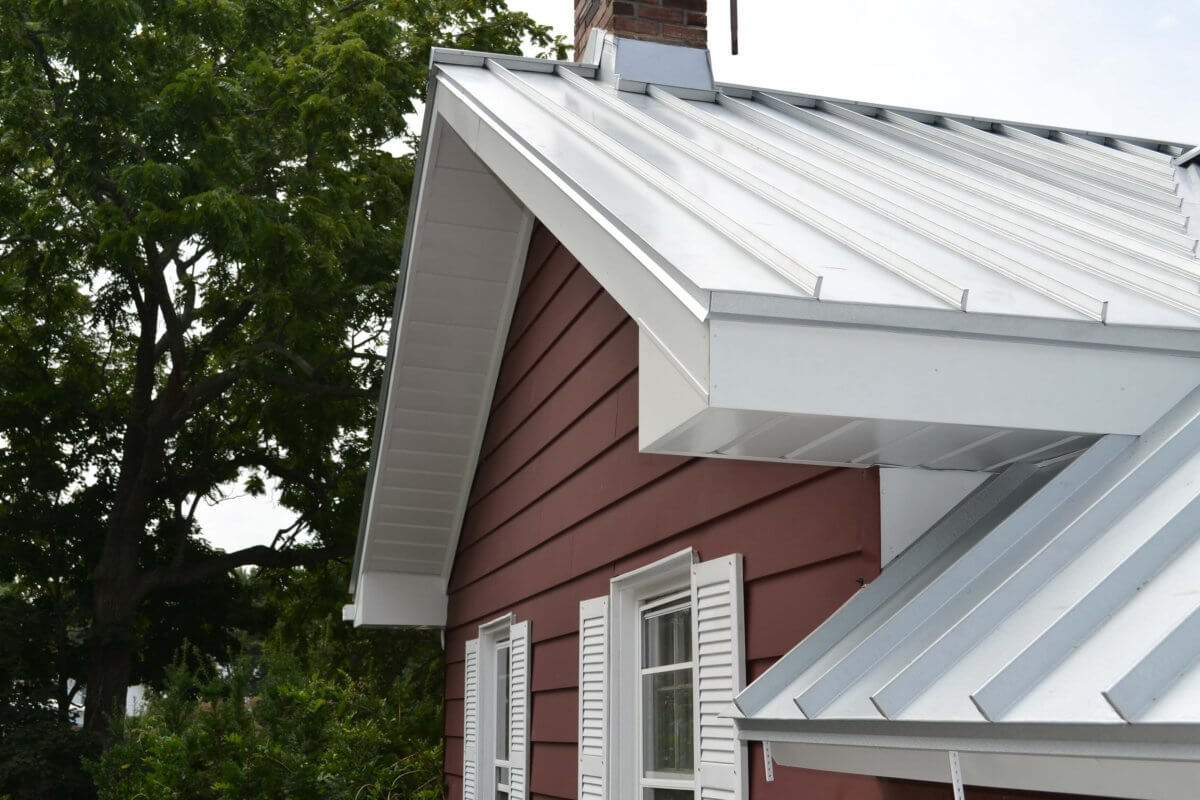 light color standing seam for energy efficiency